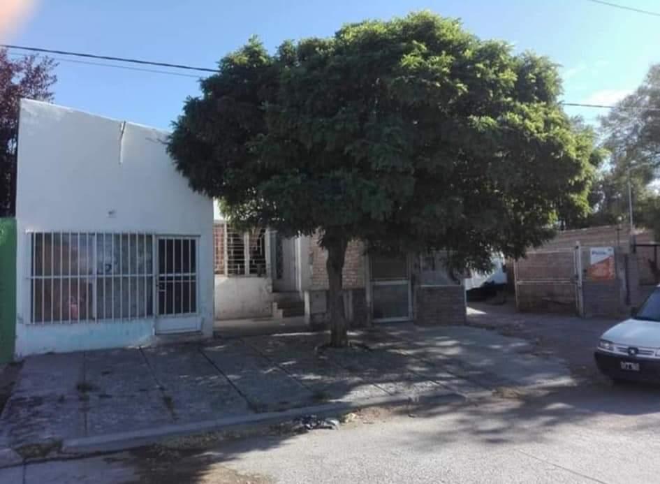 CASA MAS LOCAL COMERCIAL – CALLE AVELLANEDA 1644